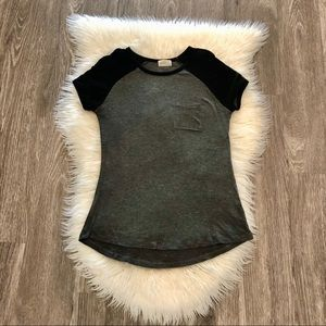 Glitz Pocket with Mesh Arms High/Low Tee